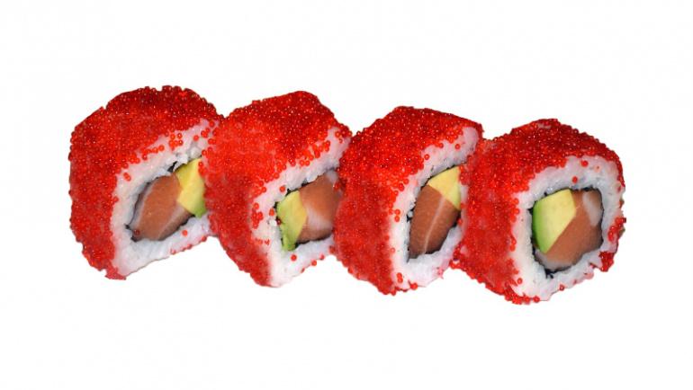 66.uramaki salmón, aguacate y tobiko
