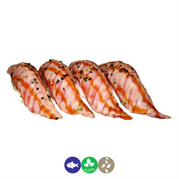 89.nigiri de salmón flameado