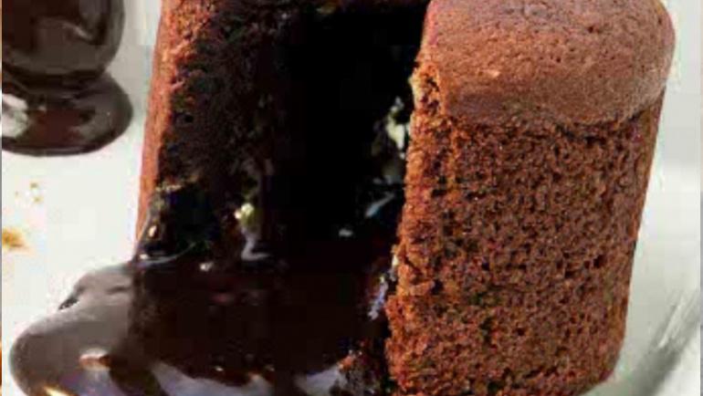 P10. SOUFFLE DE CHOCOLATE