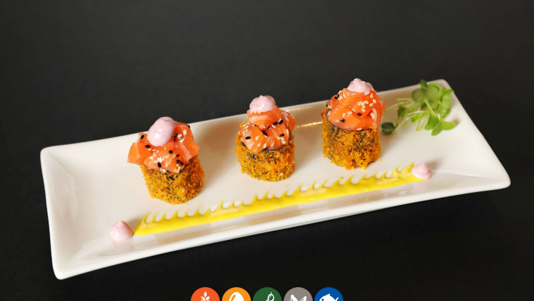 104.Maki frito con salmon (8u)